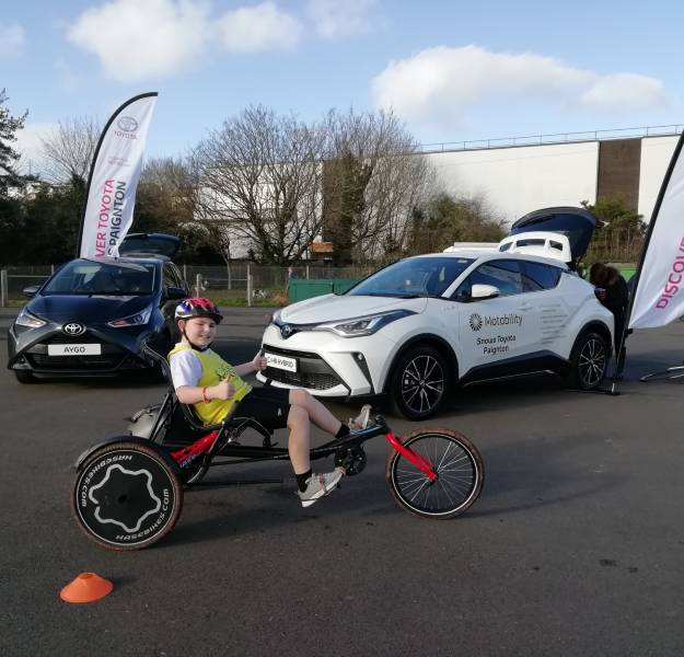 Lifeworks-breaking-the-barrier-cycling-toyota